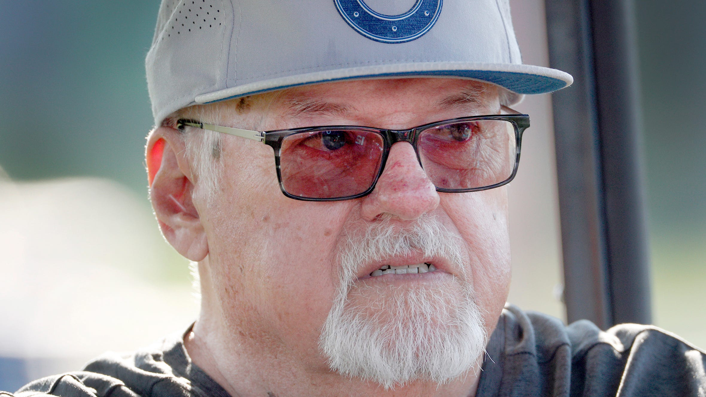 Indianapolis Colts play-by-play man Bob Lamey retires after 31 seasons