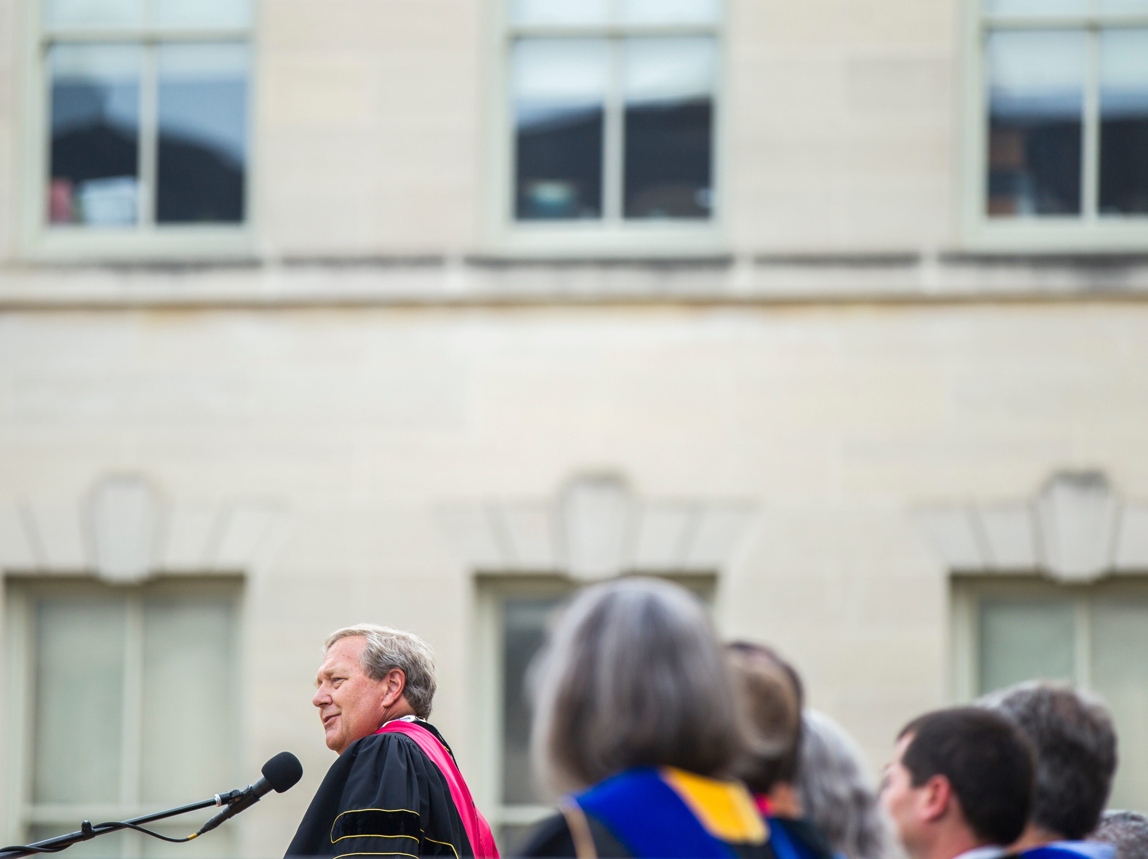 University of Iowa President J. Bruce Harreld speaks during the University of Iowa class of 2022 convocation on Sunday, Aug. 19, 2018, at the Pentacrest in Iowa City.
