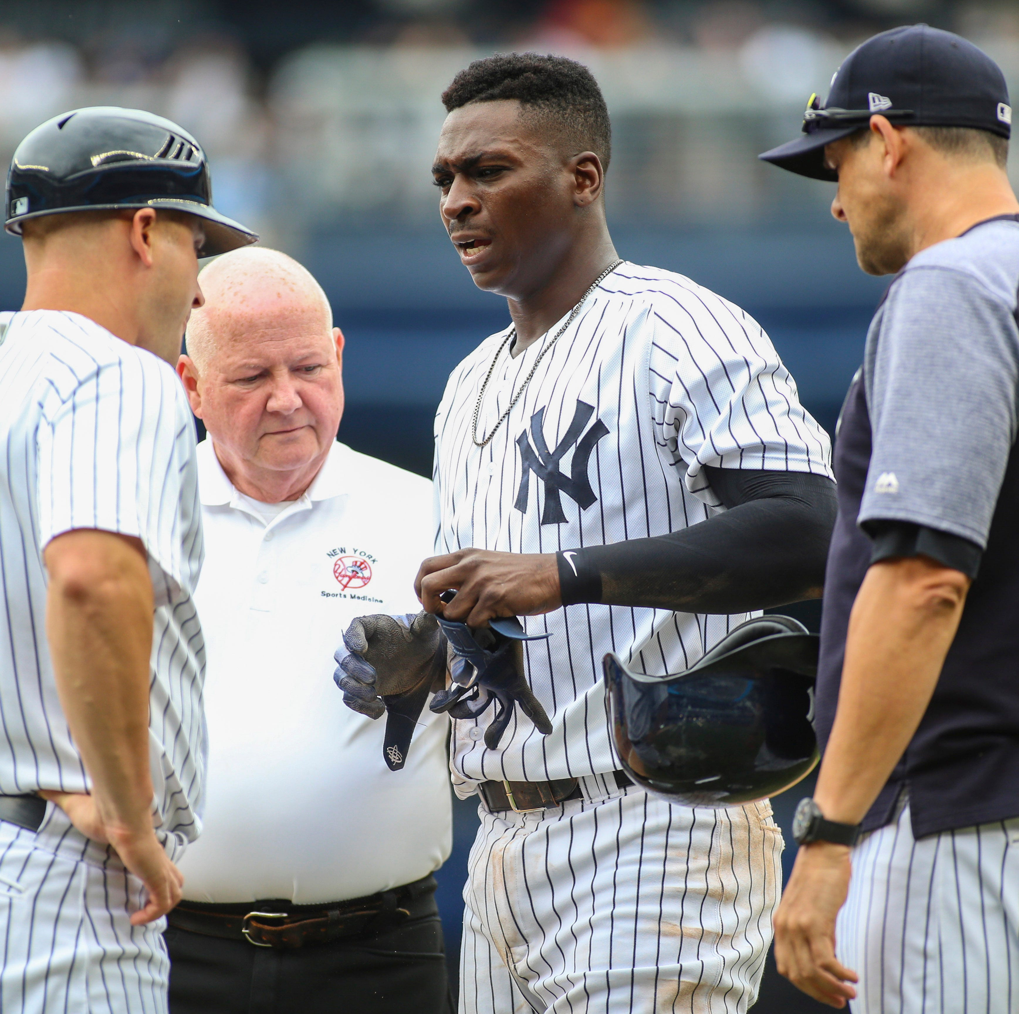 NY Yankees Didi Gregorius tears cartilage, status unknown