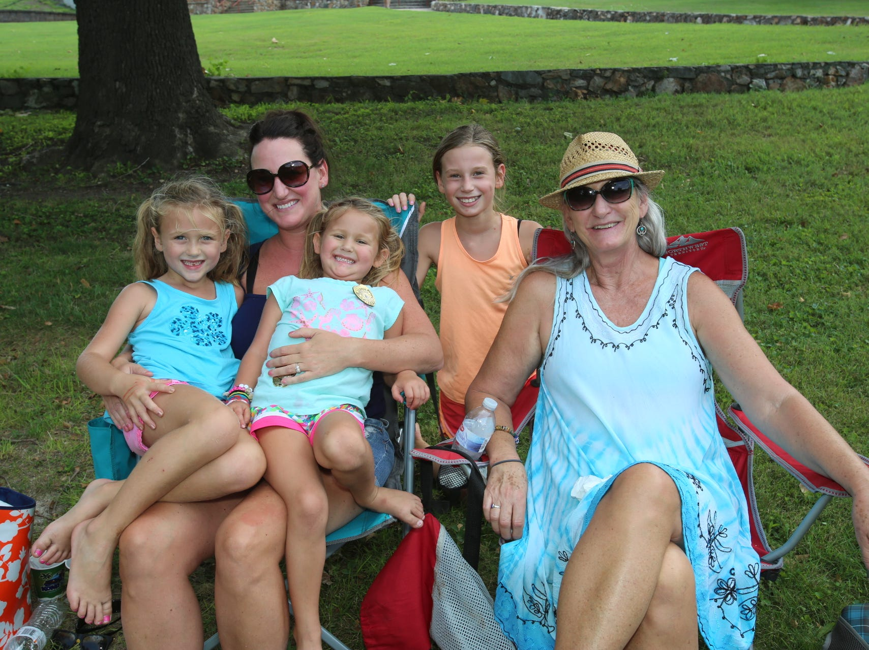 Carson, Mia, April, and Danielle Smith and Gail Austin