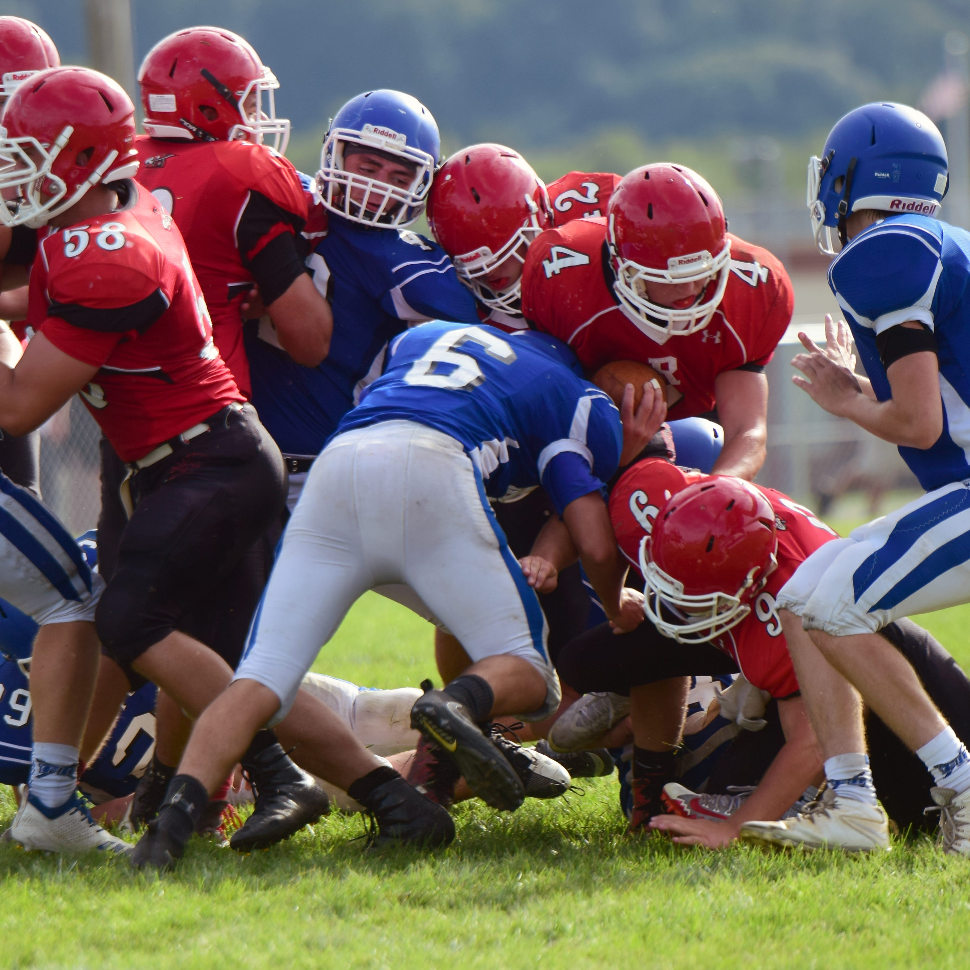 Fort Defiance looks, sounds improved in scrimmages at Riverheads Jamboree
