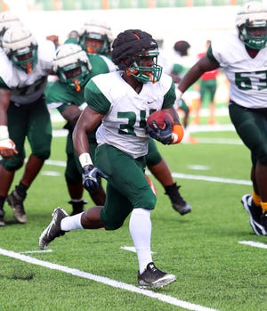 DeShawn Smith used the team's second scrimmage as his coming out party. He rushed for three scores.