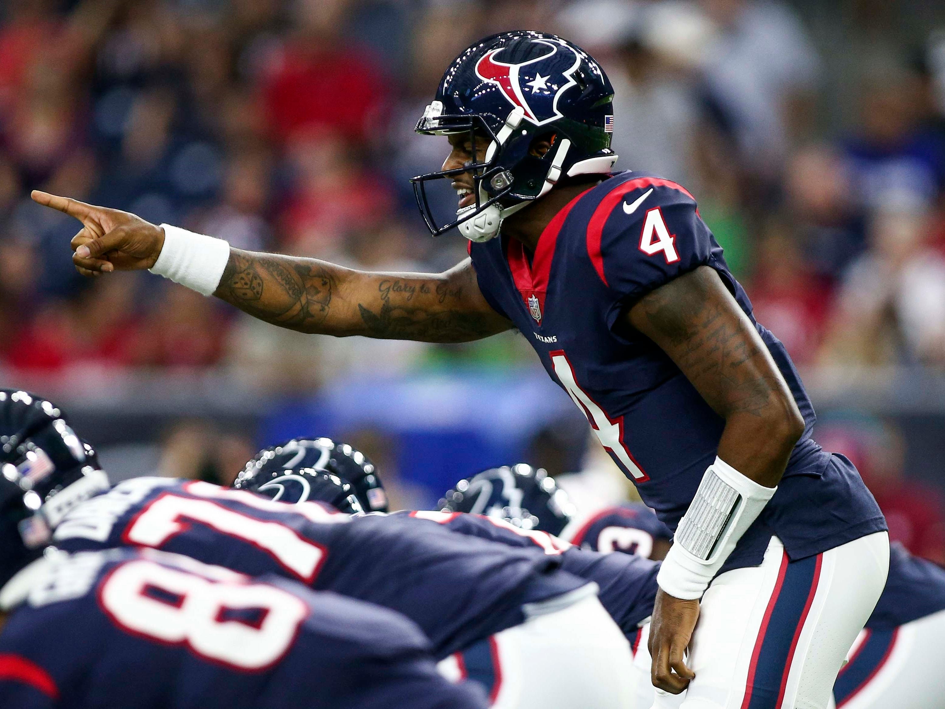 Texans quarterback Deshaun Watson directs the offense during the first quarter against the 49ers at NRG Stadium.