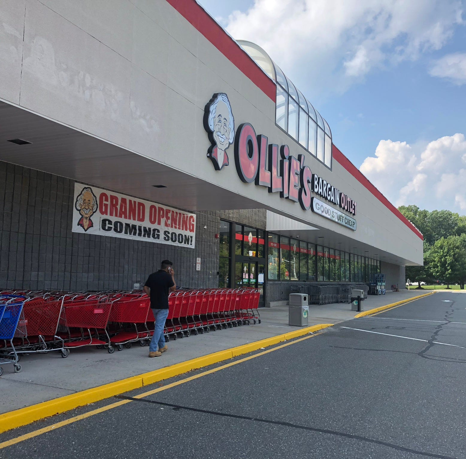 Ollie's outlet ready for Toms River opening