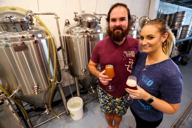 Eight-Foot Brewing, opened by husband and wife Roger and Alex Phelps, is helping to raise funds for Breast Cancer Awareness month.