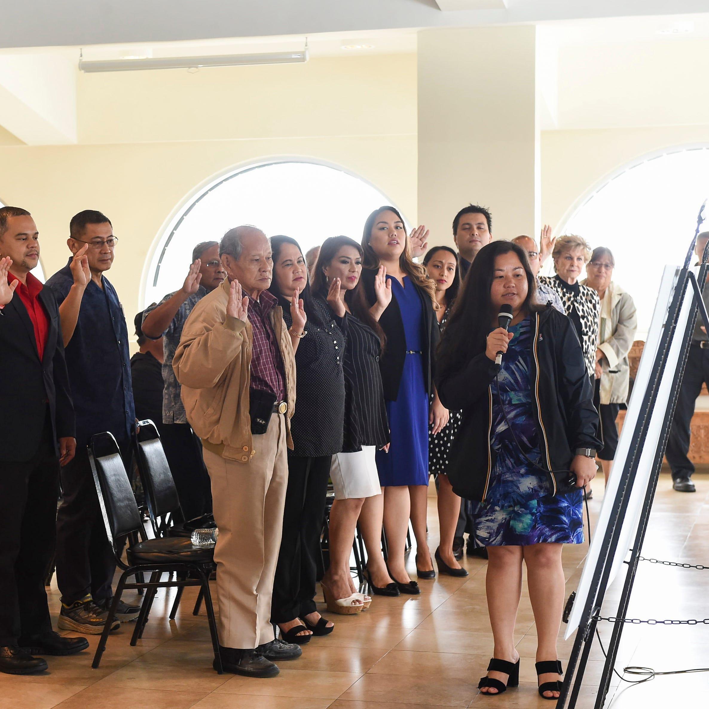 Democrats, Republicans sign unity pledges; San Nicolas again declines