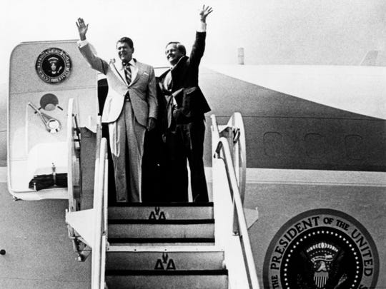 U.S. President Ronald Reagan and U.S. Senate Candidate Victor Ashe arrive together on Air Force One in September 13, 1984/