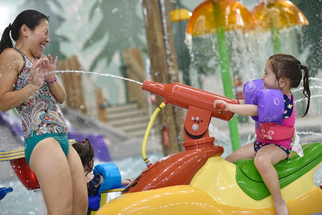 Great Wolf Lodge has plenty of options for little kids to play with their parents, including in the Cub Paw Pool.