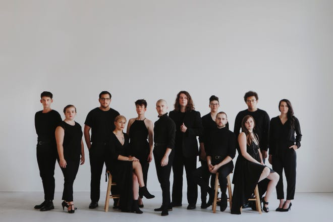 Aperi Animam, a dozen local twentysomethings who sing Renaissance and other early classical music, will perform during the Milwaukee Fringe Festival.