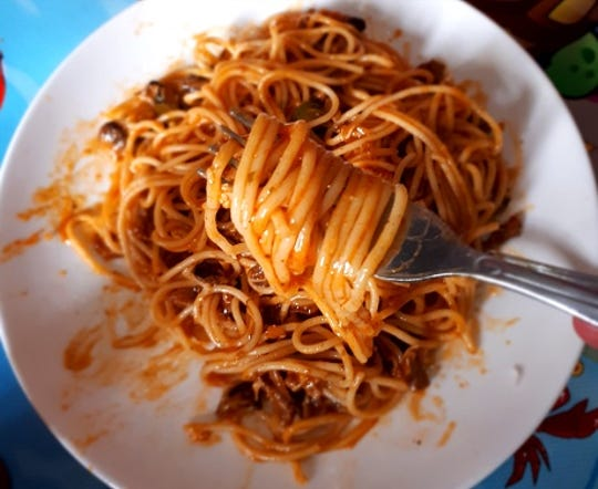 Make packed lunches easier by preparing extra at dinnertime, like an easy pasta with red sauce.