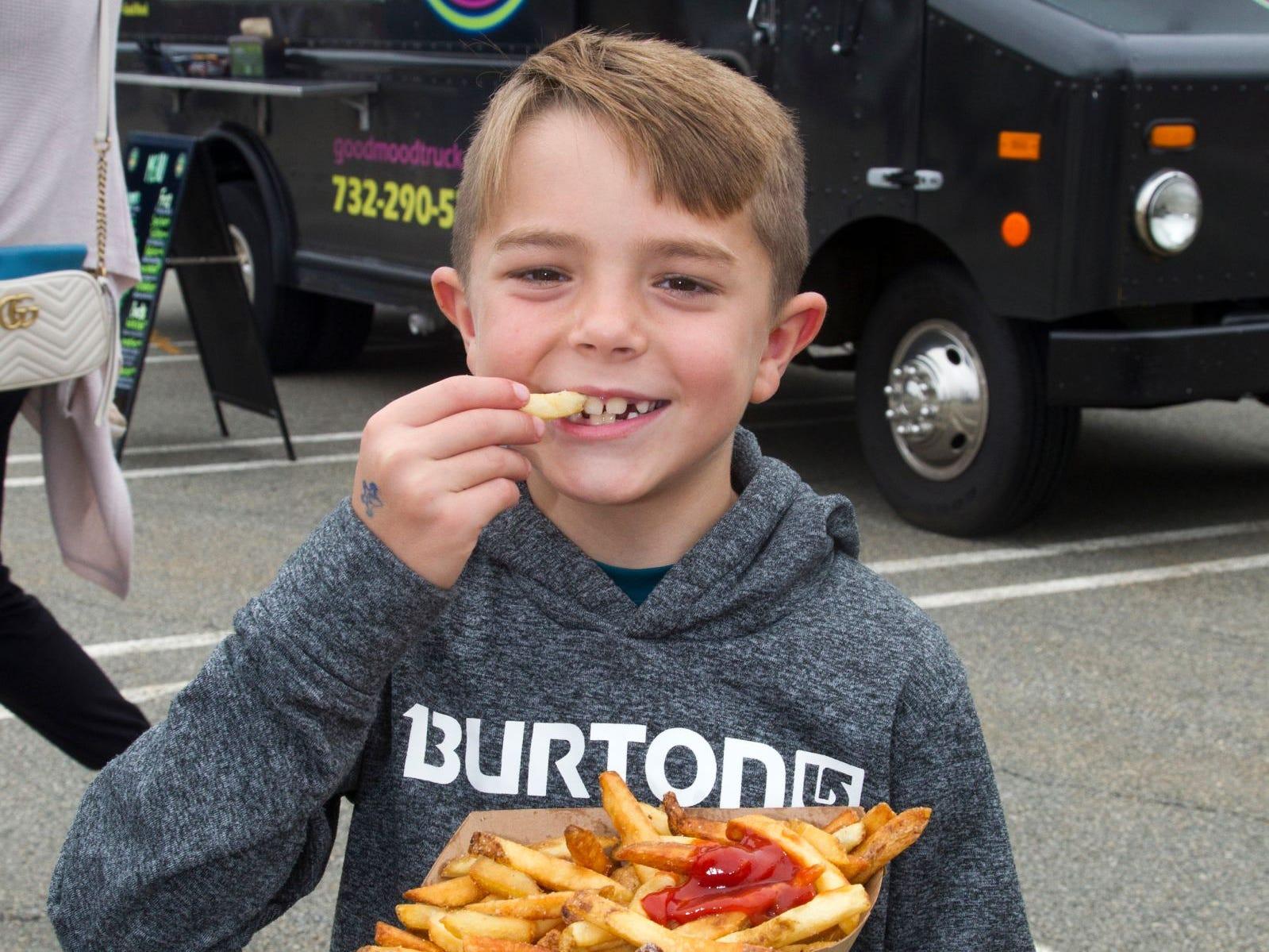Chase of Wayne. Paramus Food Truck Festival at Westfeld Garden State Plaza. 08/19/2018