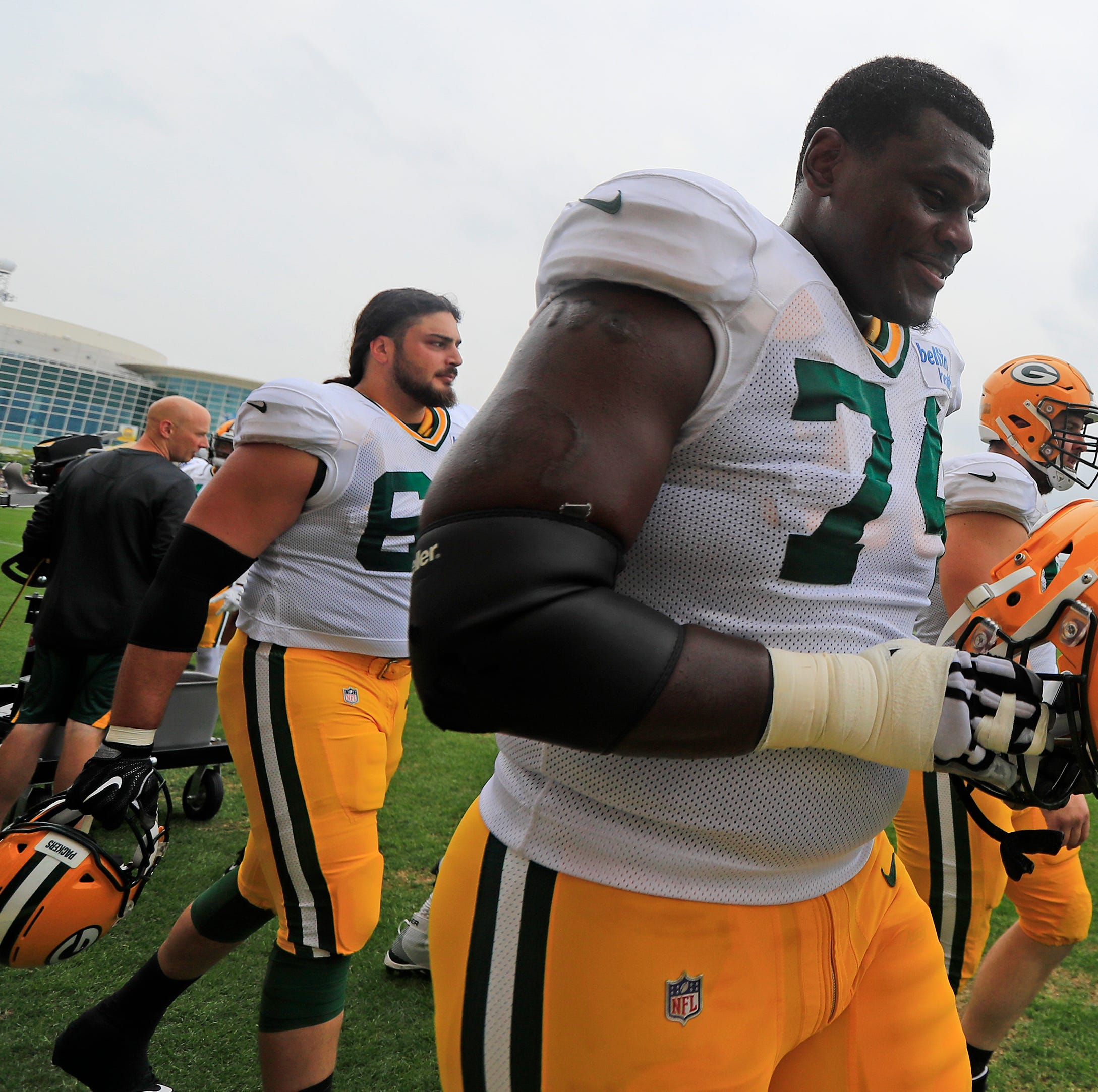 Packers Camp Insider: Byron Bell making noise for backup berth