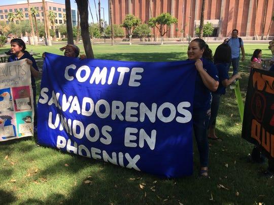 El Comité de Salvadoreños Unidos en Phoenix, una de las organizaciones que apoya la caravana.