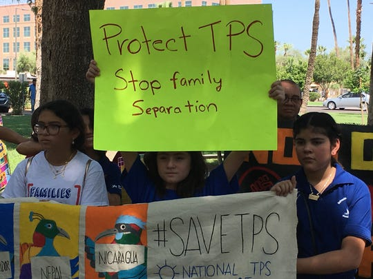 La caravana busca que a los beneficiarios del TPS se les otorga un estatus de residente permanente.