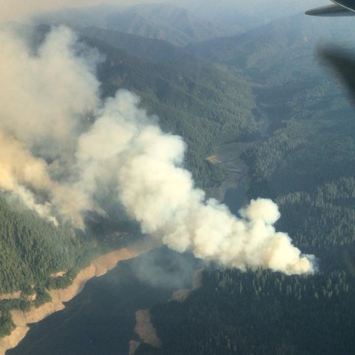 Terwilliger Fire grows to 125 acres, closes hot springs, campgrounds east of Eugene