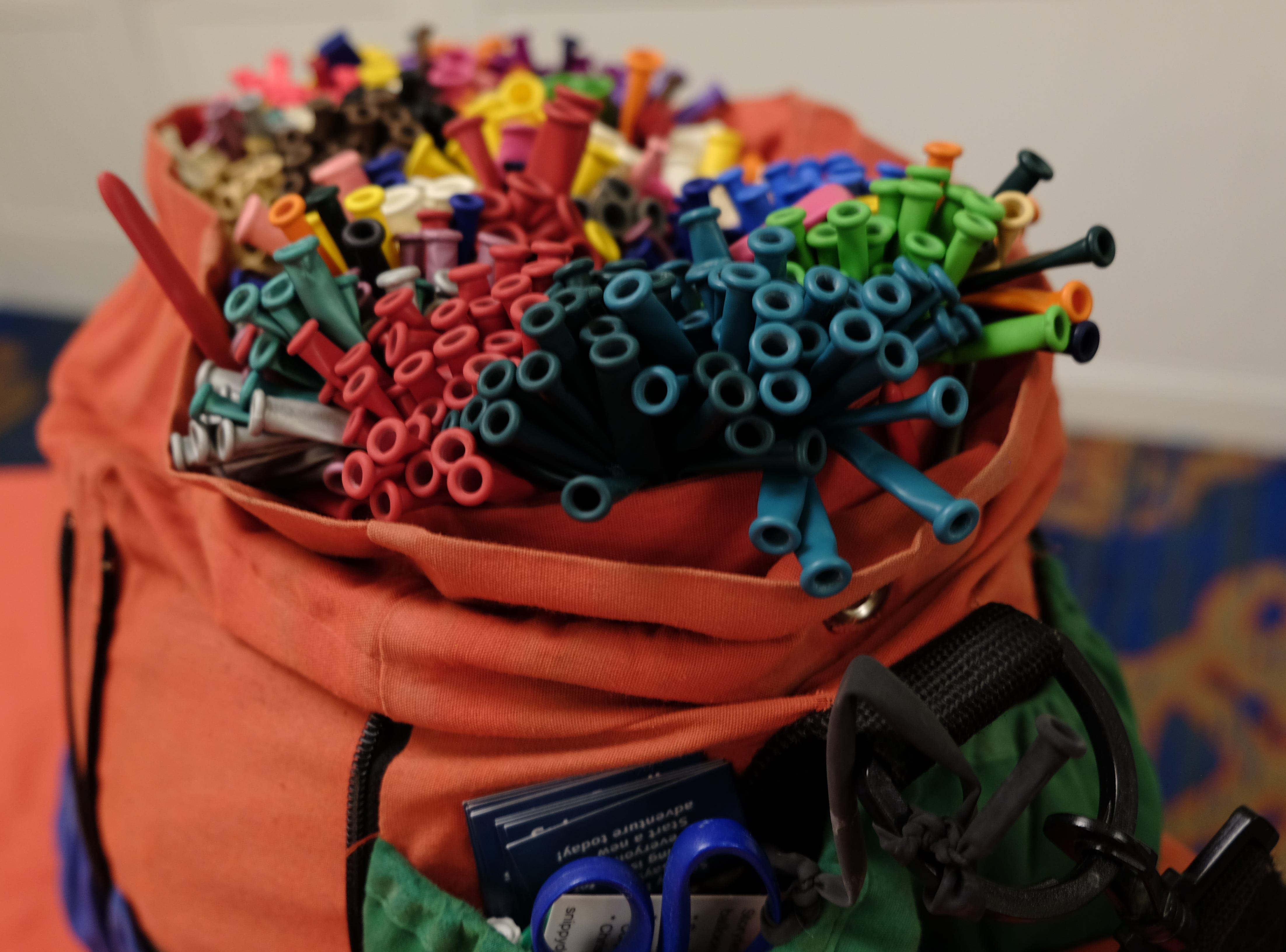 This Twist Em Up bag can hold up to 2,500 balloons.