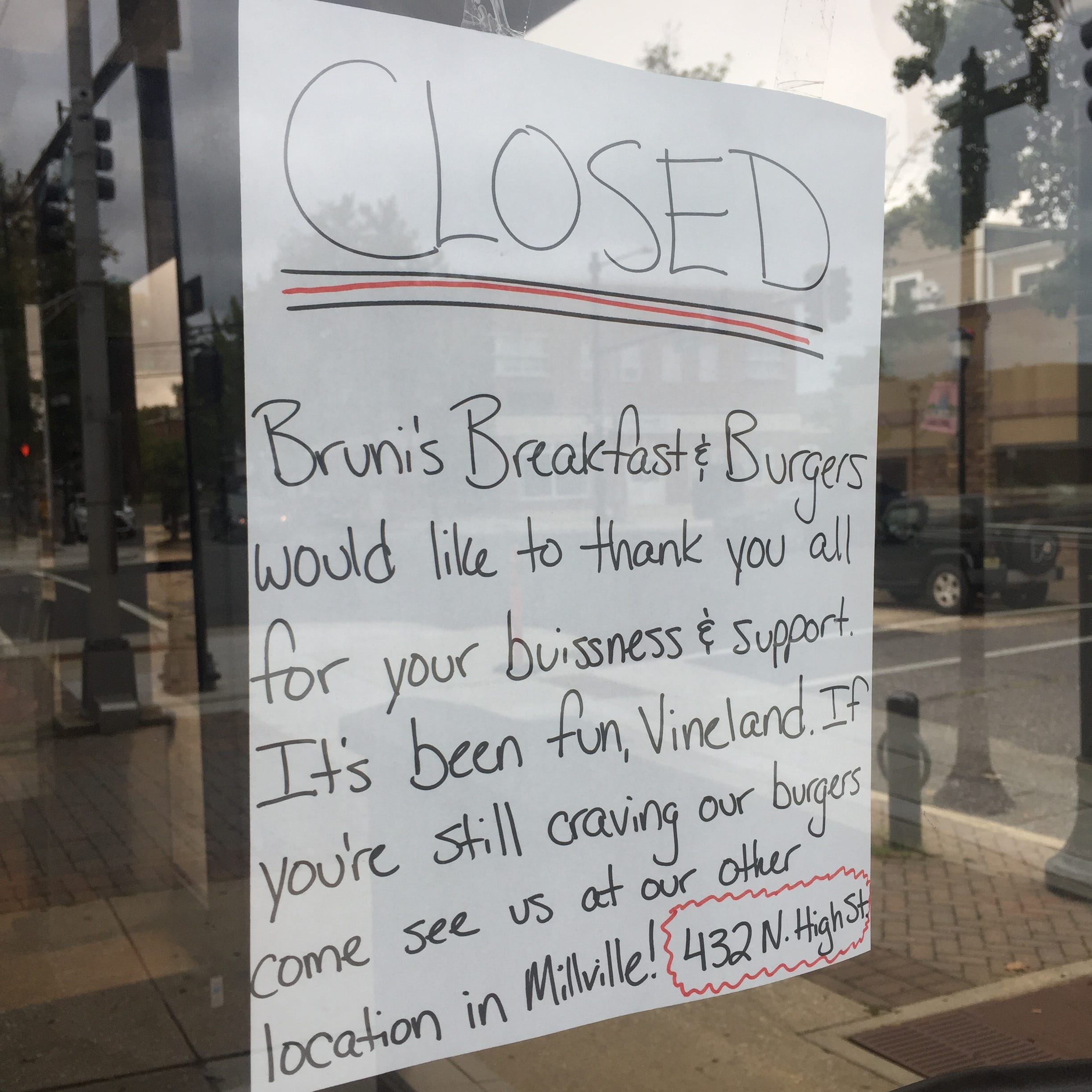 Bruni's Breakfast & Burgers in Vineland closes its doors