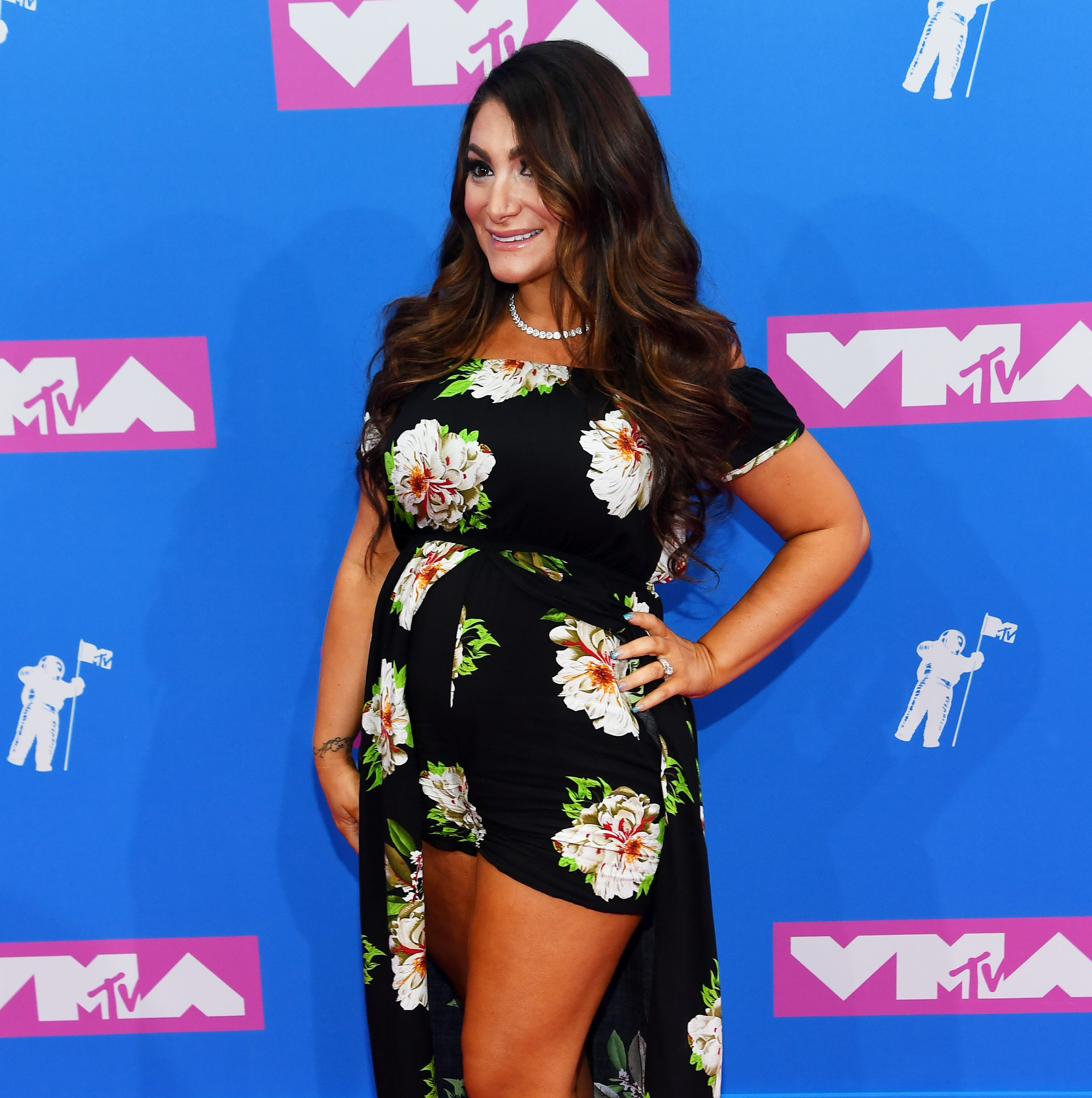 NEW YORK, NY - AUGUST 20:  Deena Cortese attends the 2018 MTV Video Music Awards at Radio City Music Hall on August 20, 2018 in New York City.  (Photo by Nicholas Hunt/Getty Images for MTV) ORG XMIT: 775210277 ORIG FILE ID: 1020245470
