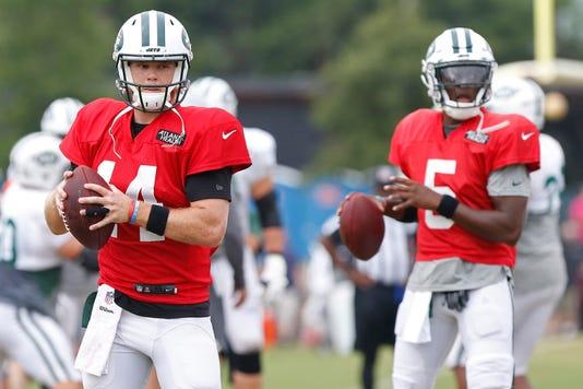 Nfl Scrimmage New York Jets At Washington Redskins