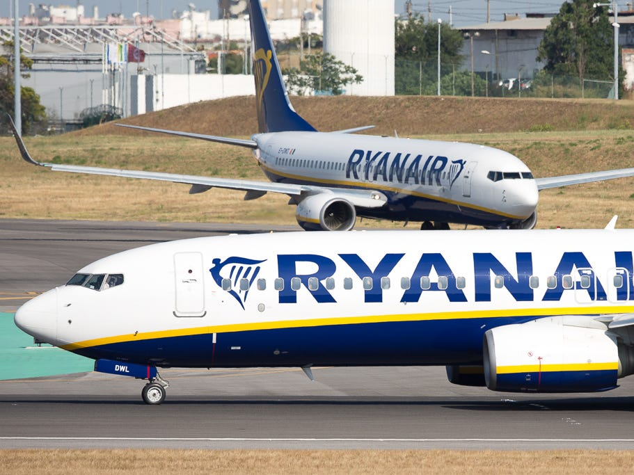 Ryanair criticized for not ejecting racially abusive passenger caught on video