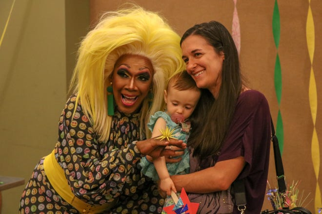 Rahway, New Jersey: Harmonica Sunbeam, a New Jersey-based entertainer, actor and drag queen for the past 28 years, began her version of a children's story hour in 2017. About 50 children and parents came to her 11:30 a.m. story hour Aug. 21, 2018, at Rahway Public Library.