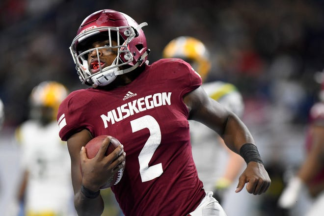 La'Darius Jefferson played quarterback at Muskegon last year but is making the switch to running back at Michigan State.