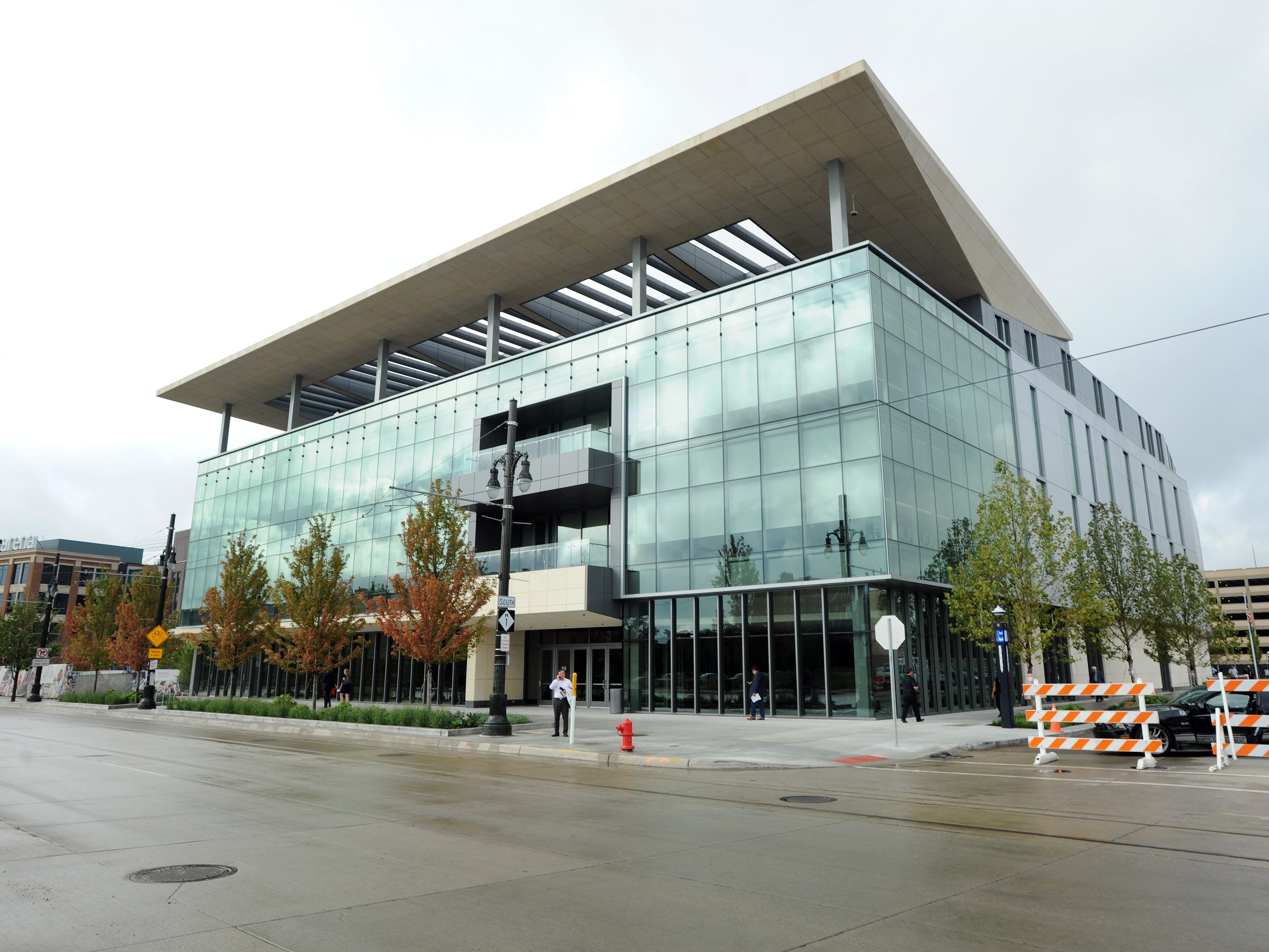 The new Mike Ilitch School of Business at Wayne State University celebrated its ribbon-cutting Tuesday, Aug. 21, 2018 in Detroit.  The building at 2771 Woodward stands just north of Little Caesars Arena.