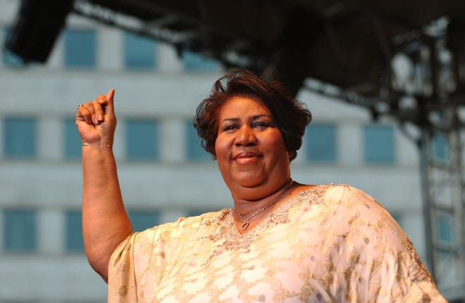 (FILE -2004) Detroit and Motown legend Aretha Franklin performs at the 25th Ford Detroit International Jazz Festival at Hart Plaza in Detroit, Michigan on September 6, 2004.