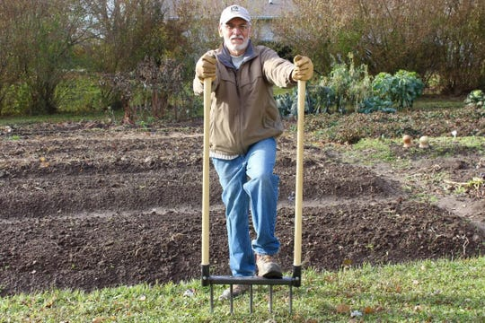 CobraHead founder Noel Valdes demonstrates the company's new broadfork, an American-made tool for small farmers and home gardeners.