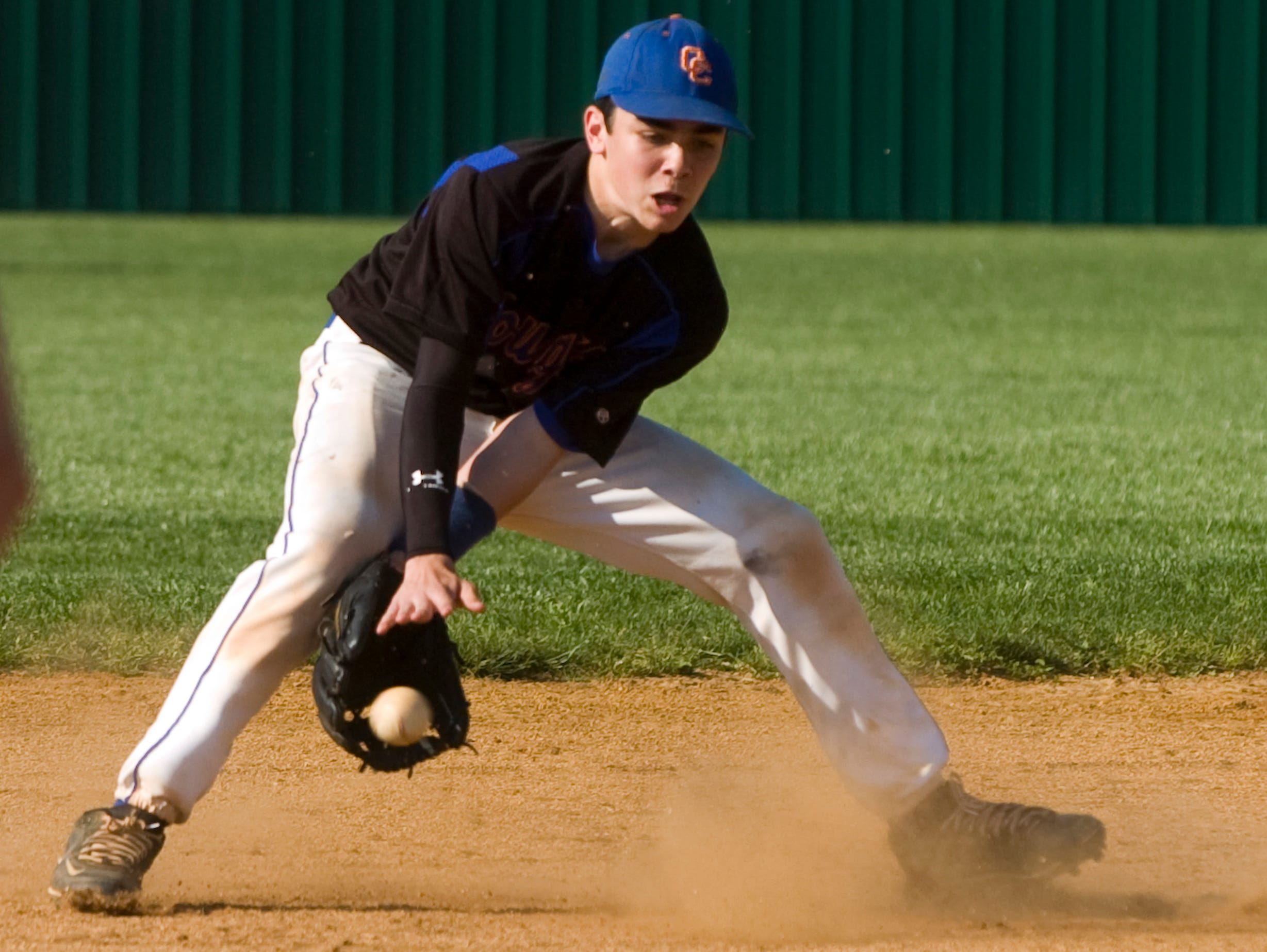 Campbell County's Bo Ferris makes a catch. Halls defeats Campbell County 13-1 at Halls on Thursday, May. 6, 2010.