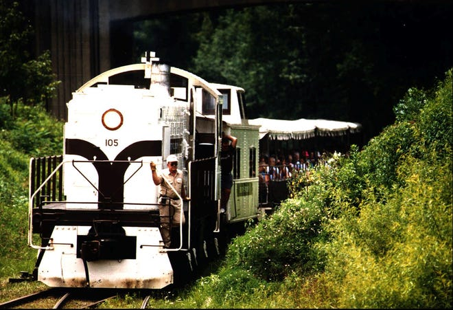 The Big South fork Scenic Railway making its way through Stearns, Kentucky