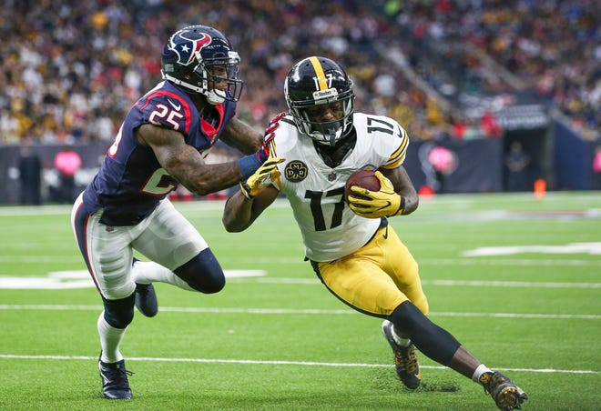 Pittsburgh Steelers wide receiver Eli Rogers (17) has been suspended for Week 1 of the NFL season.