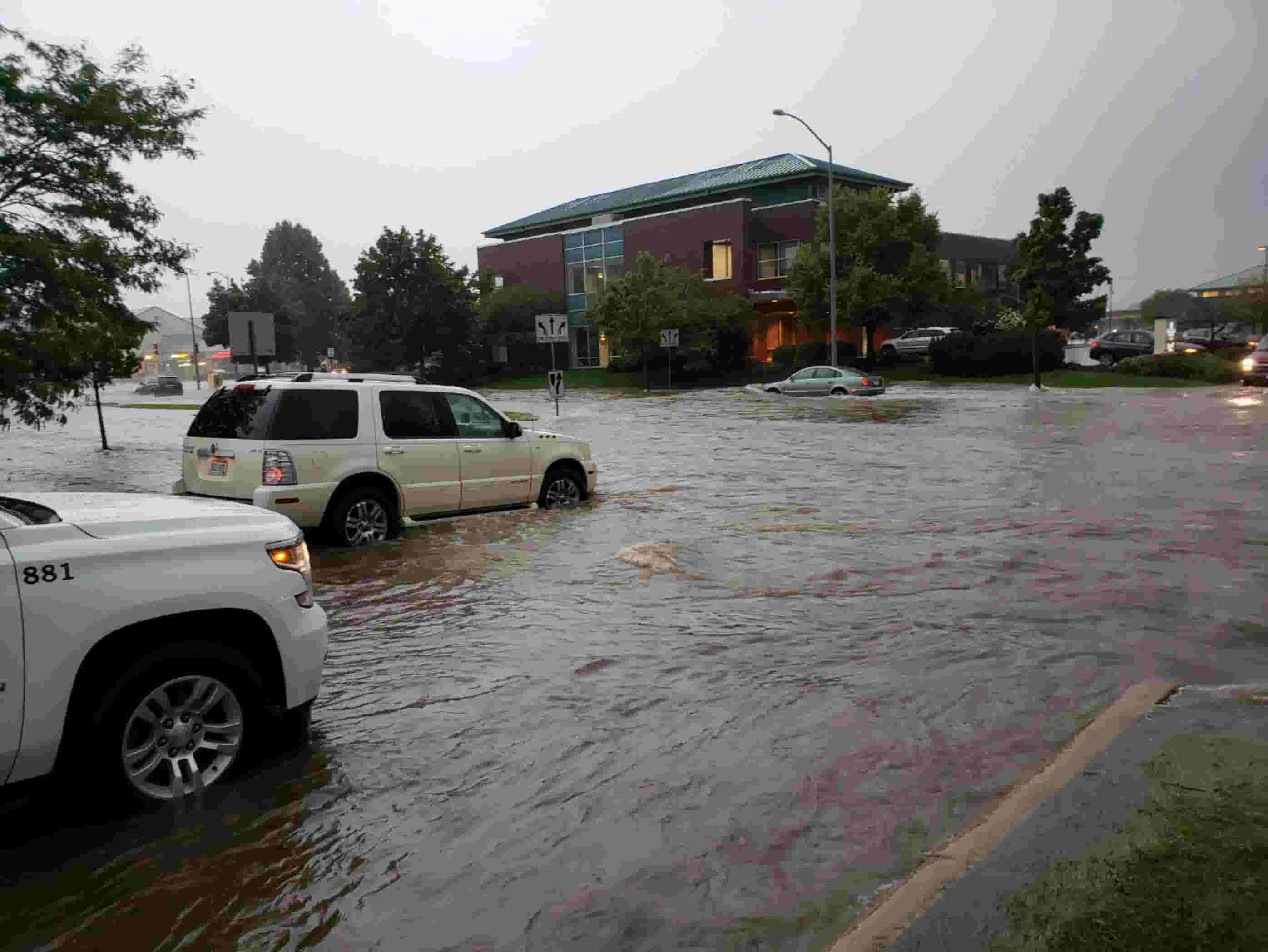 Madison Night Person Experiences Early >> Widespread Flooding Is Reported In Madison After As Much As 13