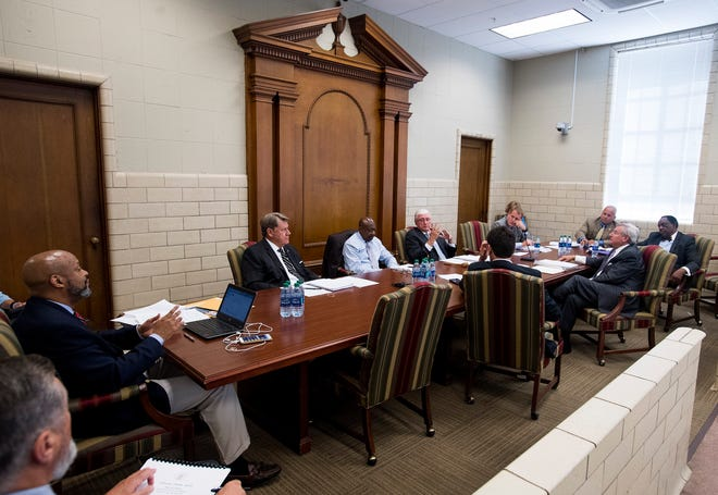 The Montgomery City Council holds a work session at city hall in Montgomery, Ala. on Monday August 21, 2018.