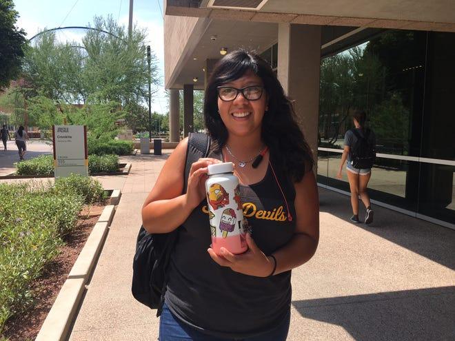 Arizona State University student Xochilt Zelaya keeps cool with her decorated Hydro Flask.