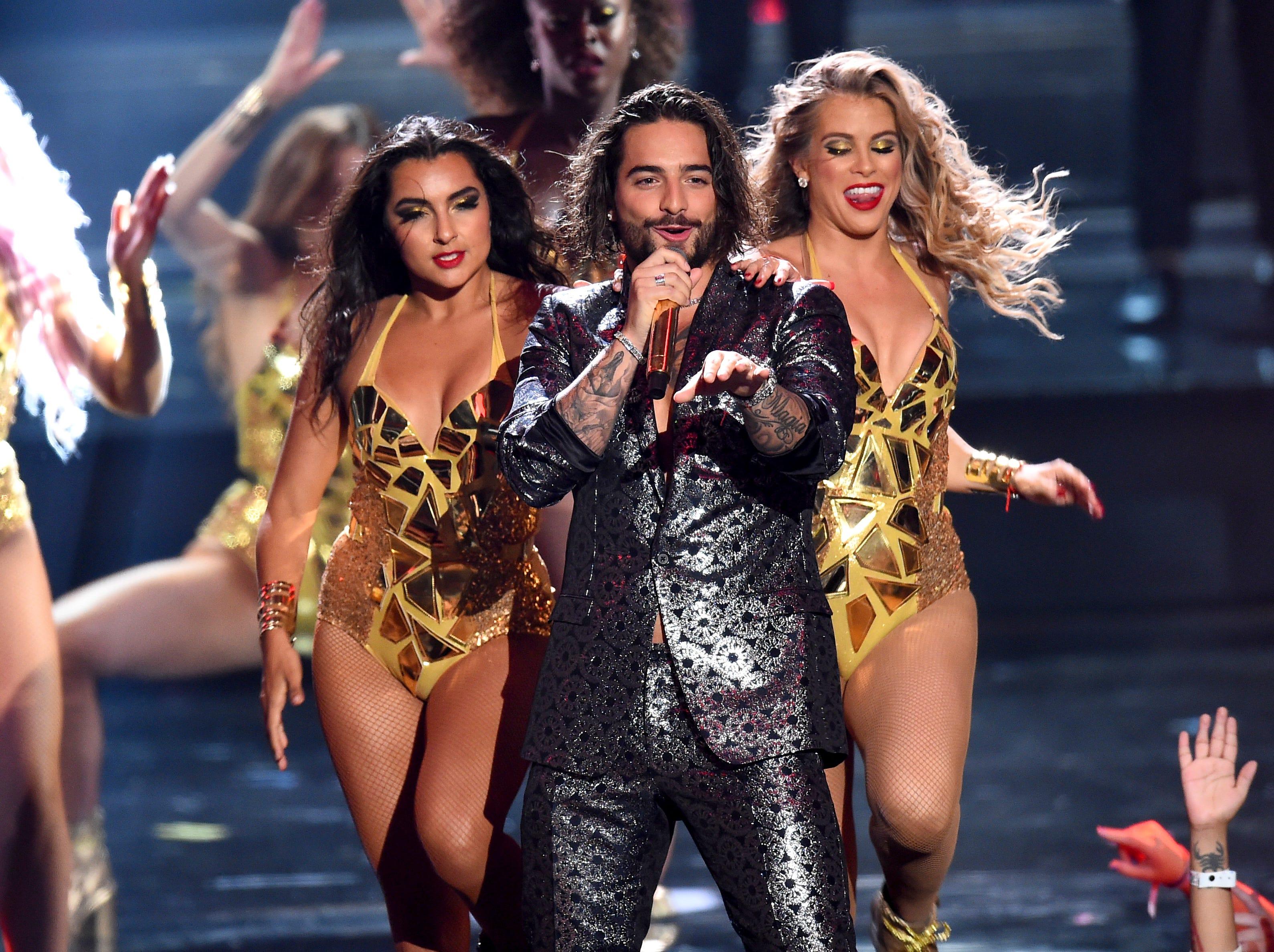 Maluma se presenta en el escenario durante los MTV Video Music Awards 2018 en Radio City Music Hall el 20 de agosto de 2018 en la ciudad de Nueva York.