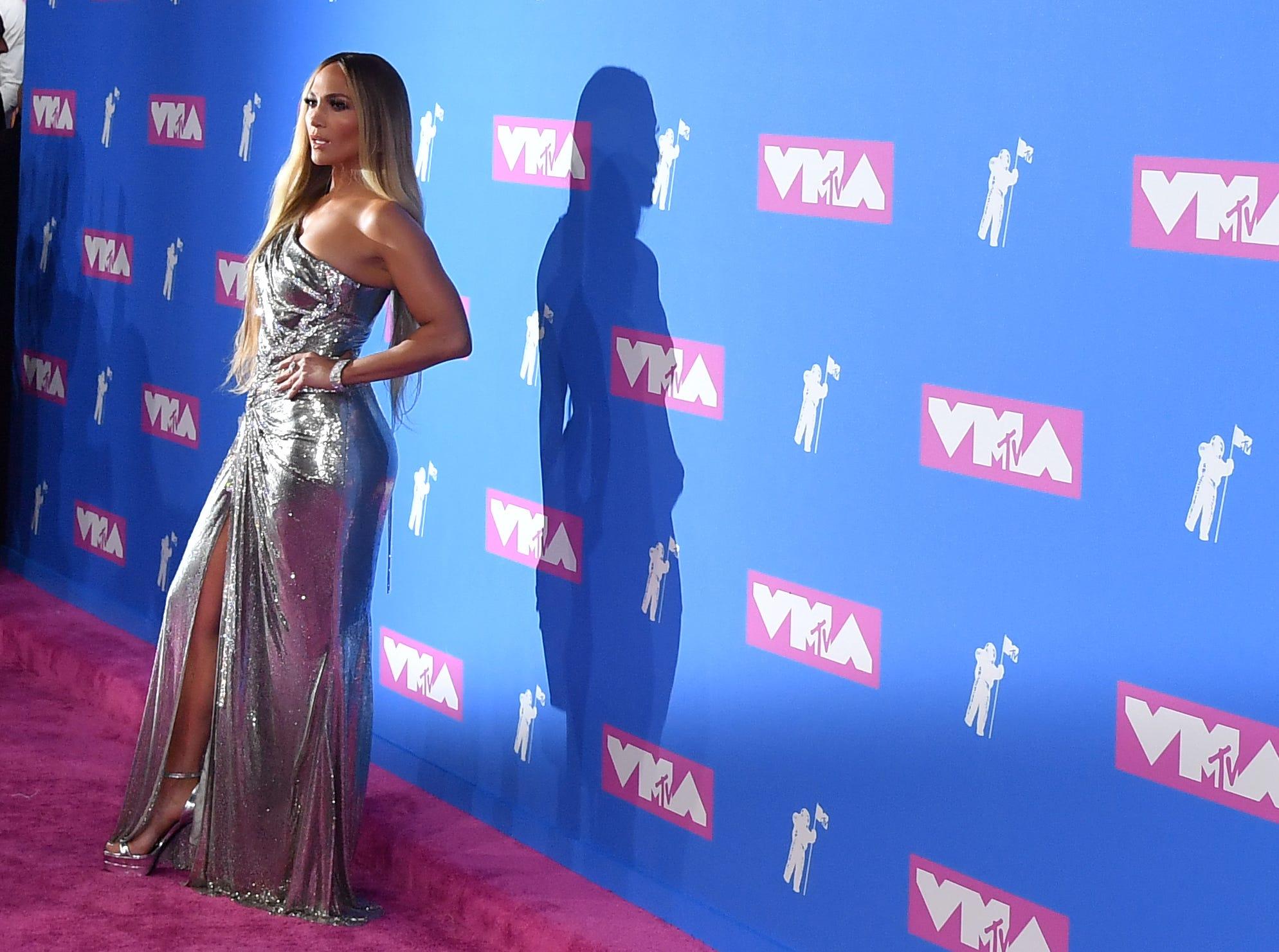 Jennifer Lopez asiste a los MTV Video Music Awards 2018 en el Radio City Music Hall el 20 de agosto de 2018 en la ciudad de Nueva York.