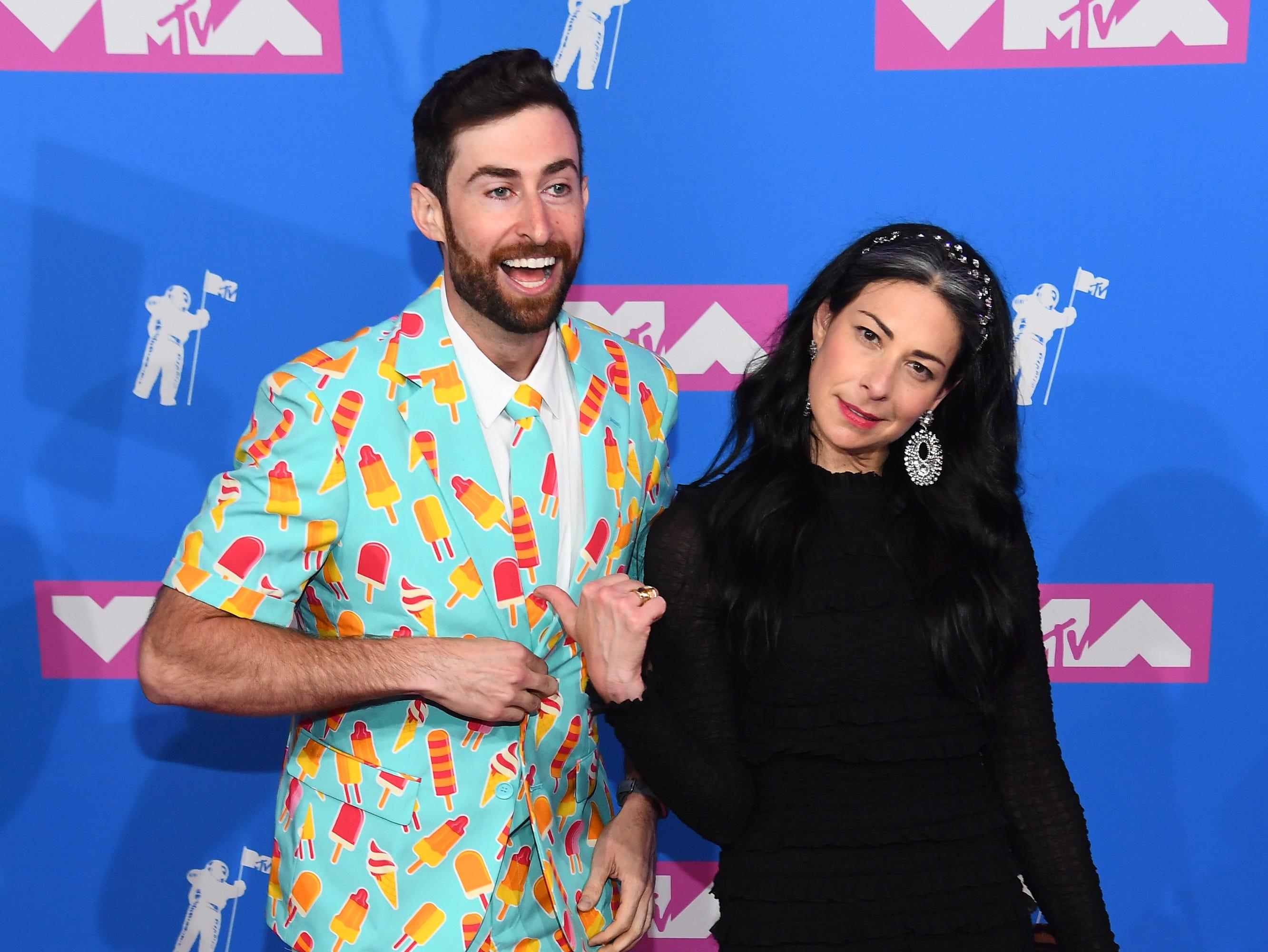 Scott Rogowsky y Stacy London asisten a los MTV Video Music Awards 2018 en el Radio City Music Hall el 20 de agosto de 2018 en la ciudad de Nueva York.