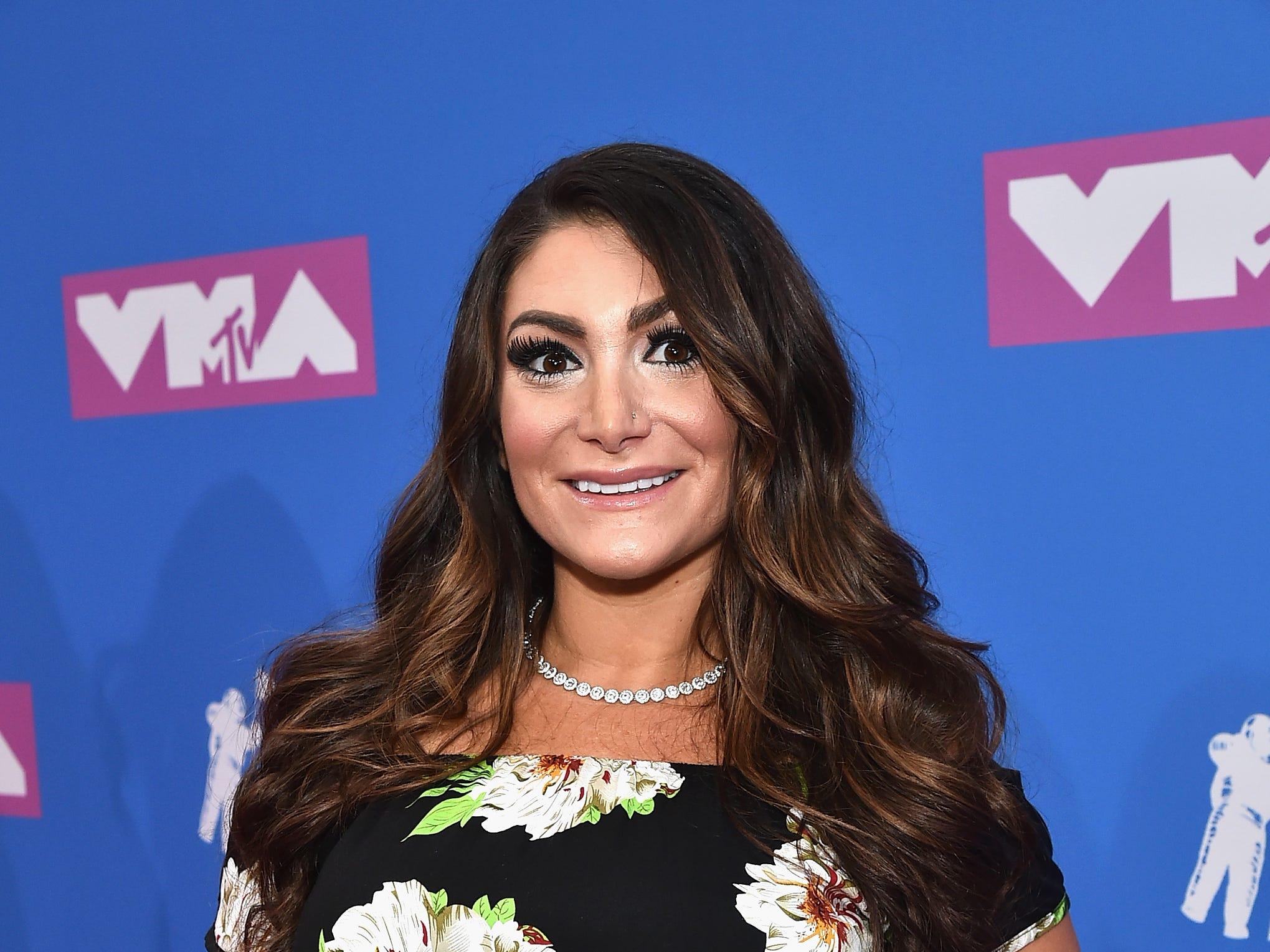 Deena Nicole Cortese asiste a los MTV Video Music Awards 2018 en el Radio City Music Hall el 20 de agosto de 2018 en la ciudad de Nueva York.