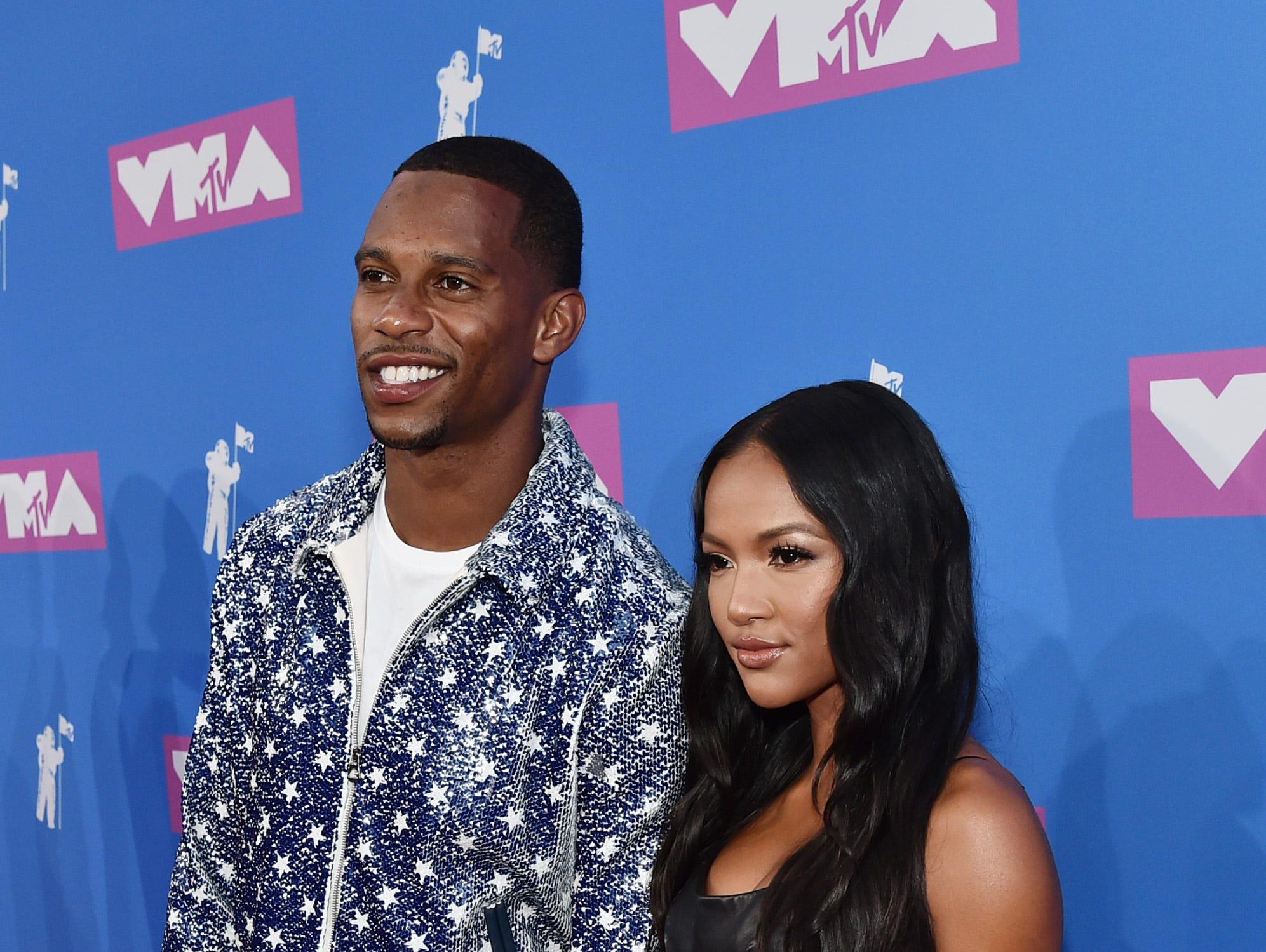 Victor Cruz y Karrueche Tran asisten a los MTV Video Music Awards 2018 en el Radio City Music Hall el 20 de agosto de 2018 en la ciudad de Nueva York.
