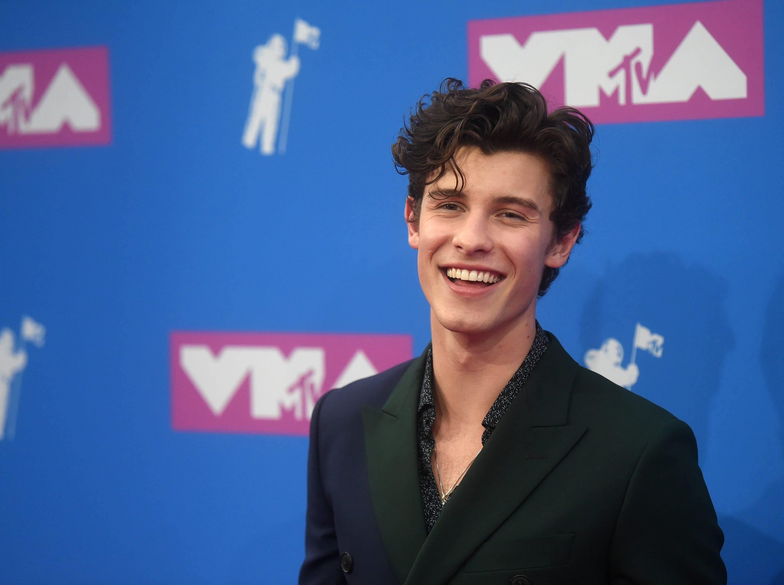 Shawn Mendes asiste a los MTV Video Music Awards 2018 en el Radio City Music Hall el 20 de agosto de 2018 en la ciudad de Nueva York.