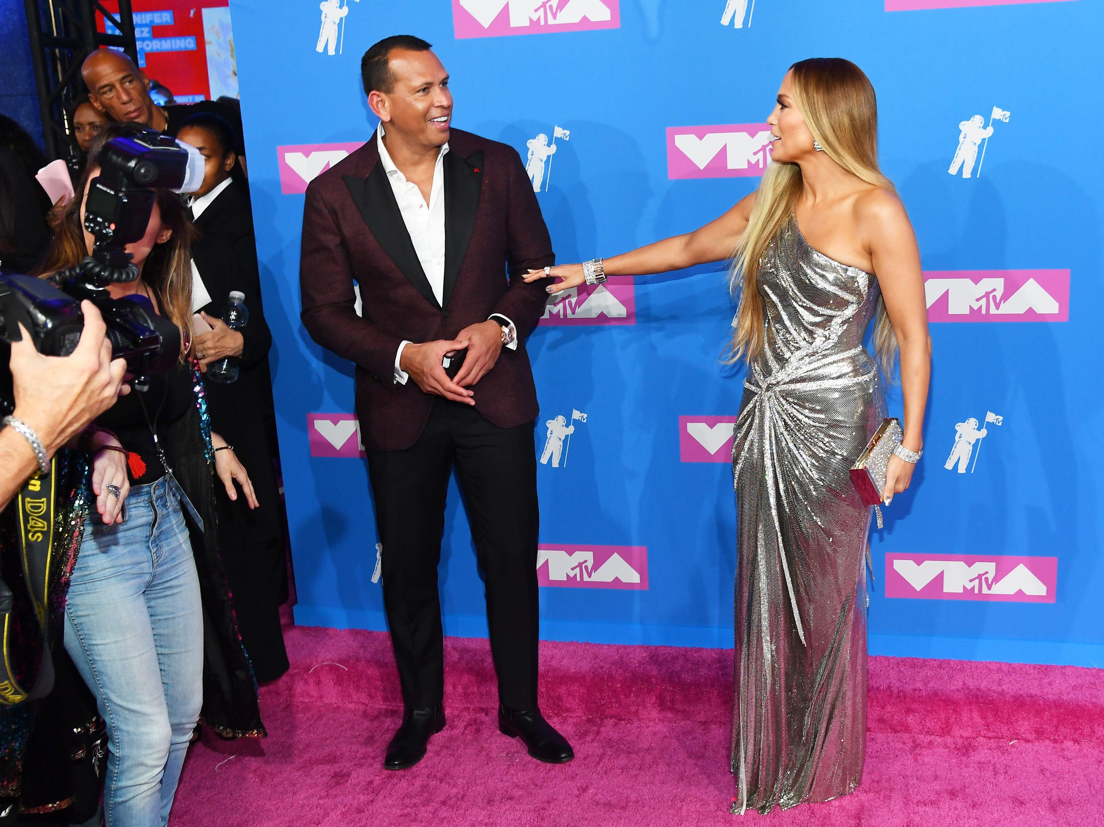Alex Rodriguez y Jennifer Lopez asisten a los MTV Video Music Awards 2018 en el Radio City Music Hall el 20 de agosto de 2018 en la ciudad de Nueva York.