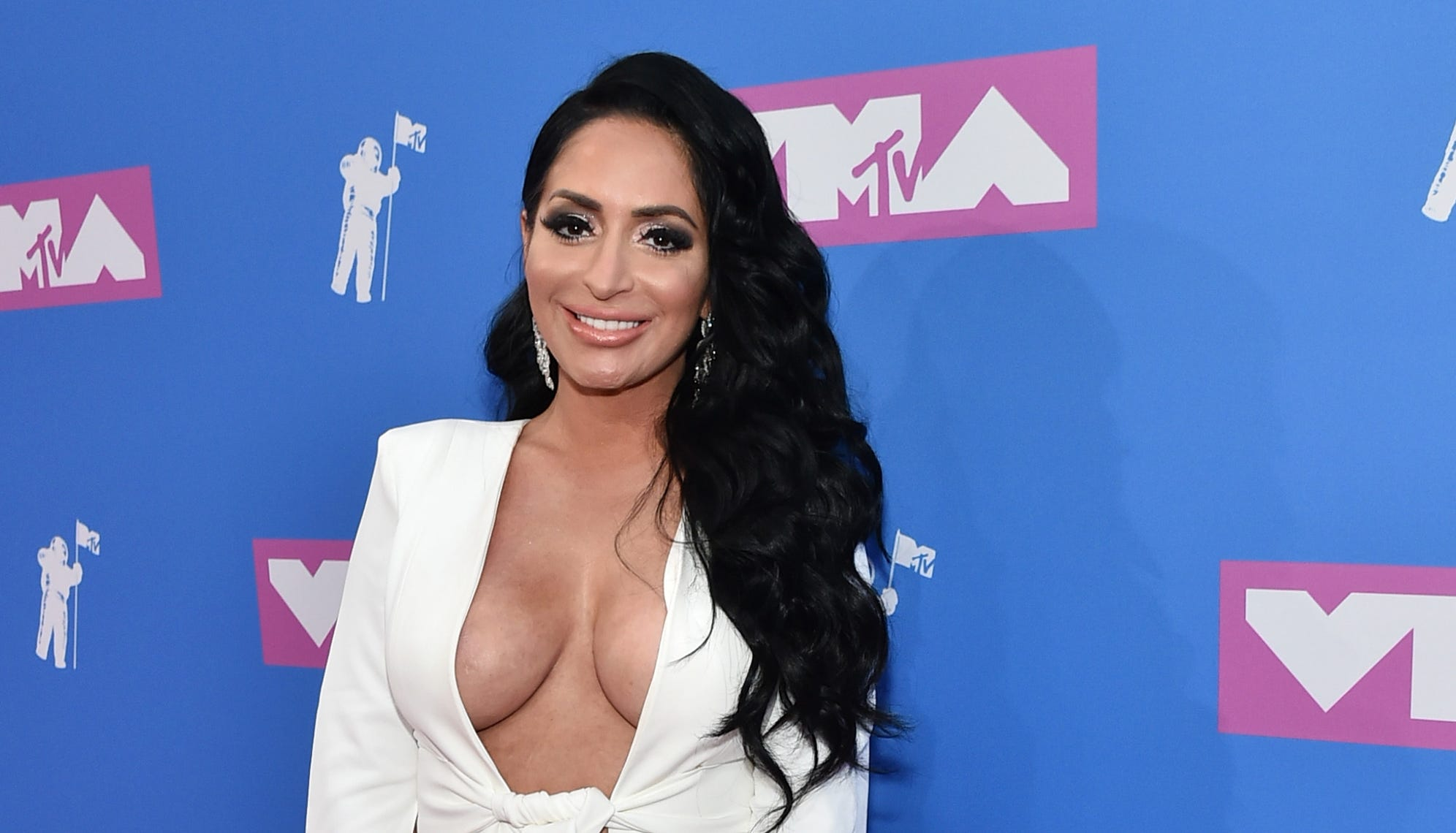 'Jersey Shore': Wedding bells ring for Angelina Pivarnick; castmates celebrate, reports say