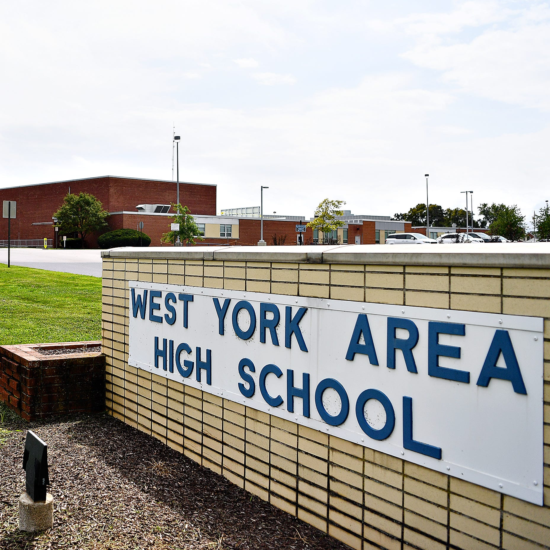 West York lunch program sparks dueling petitions