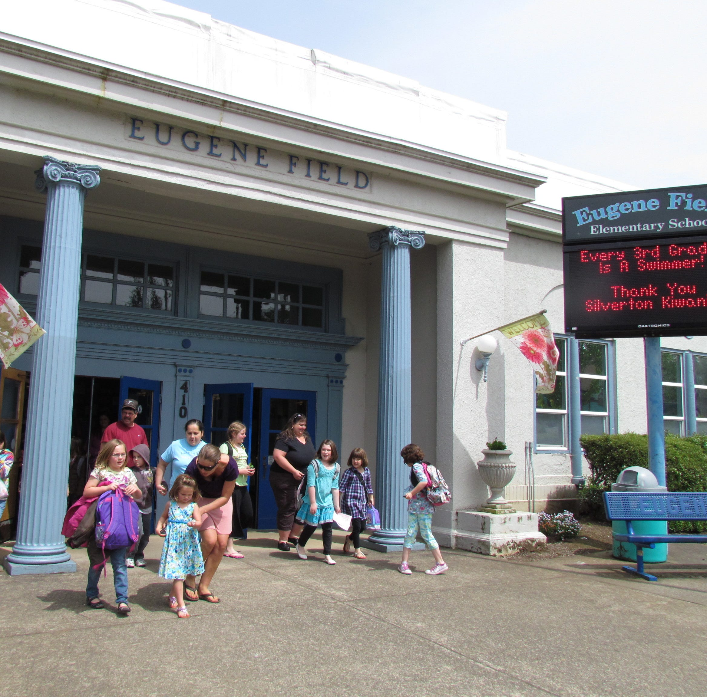 Silverton takes step towards demolishing historic Eugene Field School