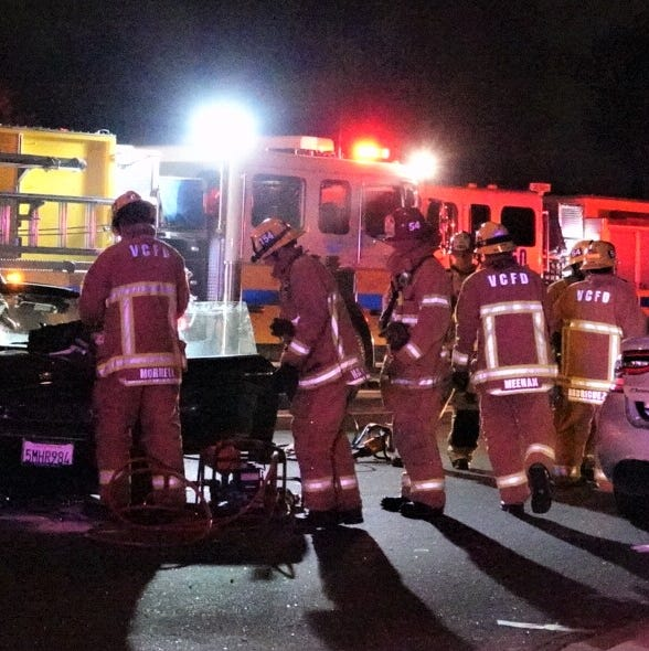 Camarillo crash leaves 1 person dead, 1 injured