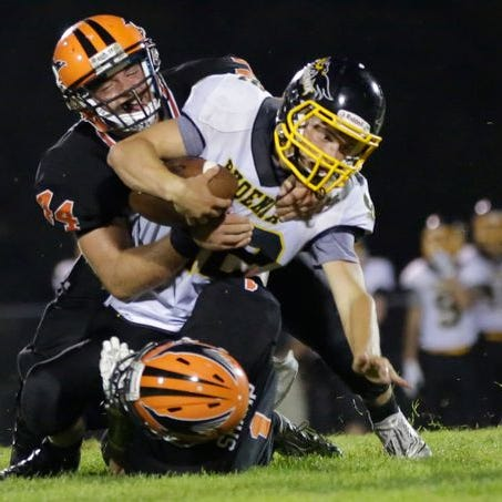 High school football: Amherst is No. 2 in first AP poll; Edgar, Iola-Scan ranked as well