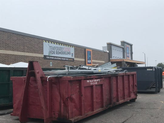 Remodeling efforts continue at Aldi in Wisconsin Rapids.