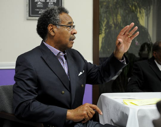 U.S. Rep. Emanuel Cleaver speaks at the Booker T. Washington alumni association meeting Monday, Aug. 20, 2018, about the organization being locked out of their building that is located on the former site of the Booker T. Washington High School in the East Branch YMCA Josie Roberts meeting room.