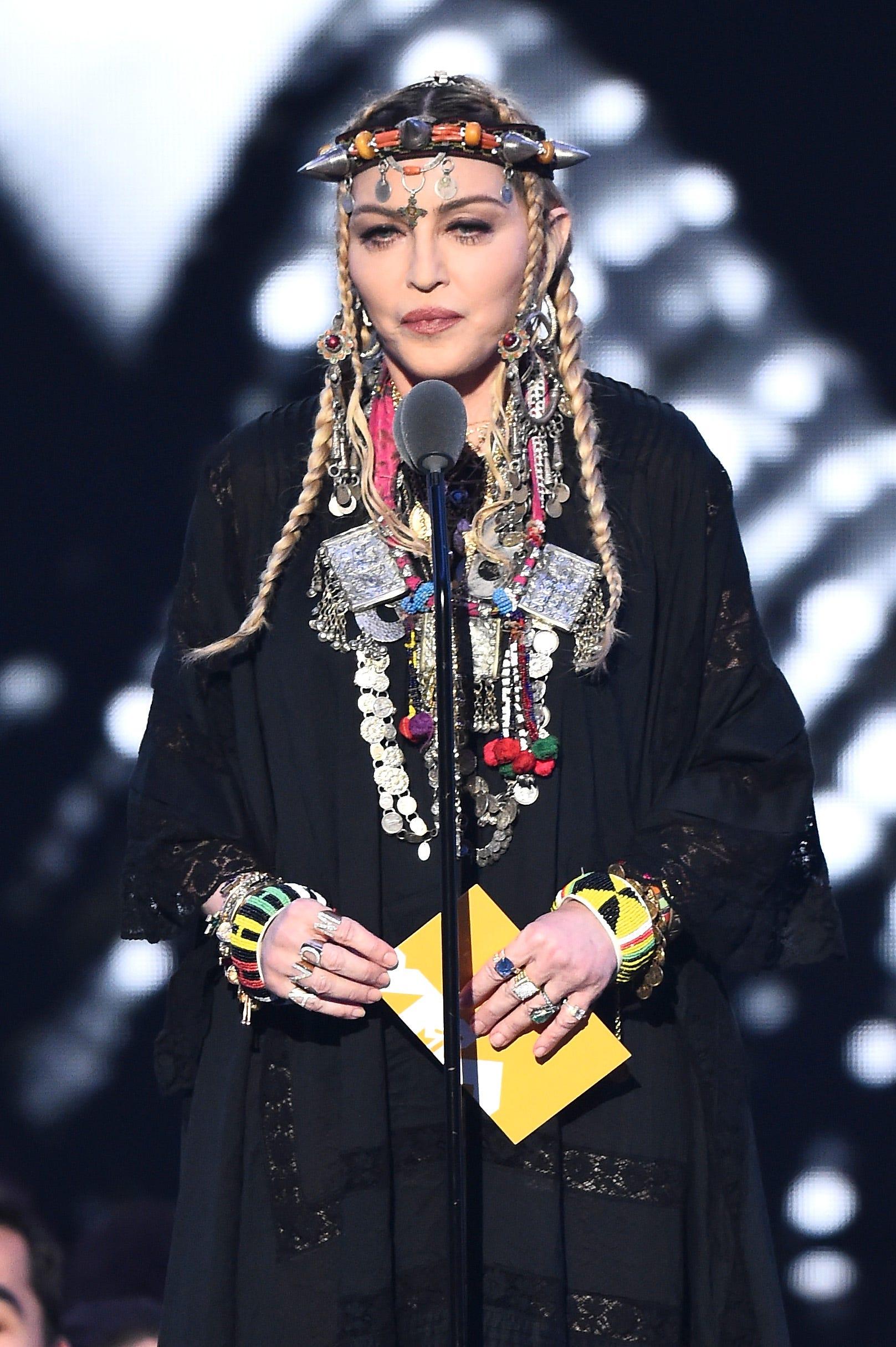 Vmas Madonna Responds To Backlash Over Aretha Franklin Tribute